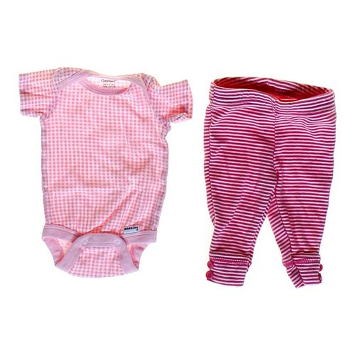 Gerber Cute Bodysuit & Pants Set in size NB at up to 95% Off - Swap.com