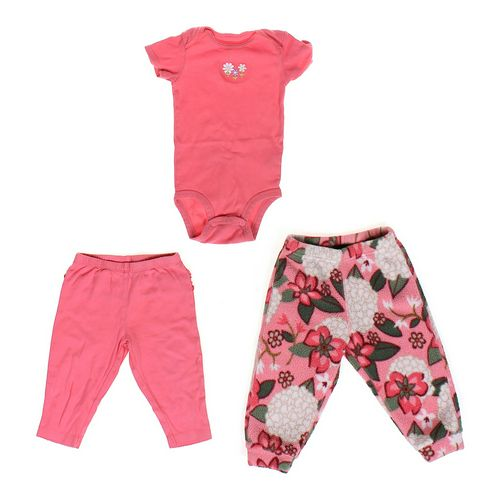 Carter's Cute Infant Set in size 12 mo at up to 95% Off - Swap.com