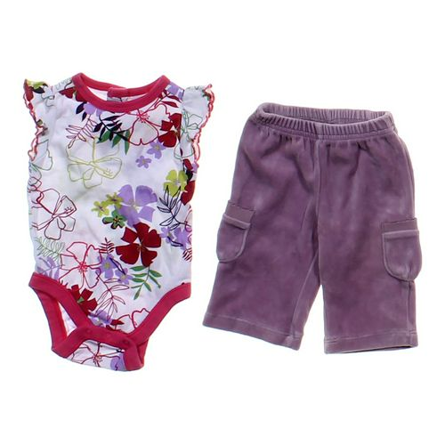 Old Navy Cute Set in size NB at up to 95% Off - Swap.com