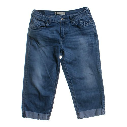 Levi's Denim Capris in size 6 at up to 95% Off - Swap.com