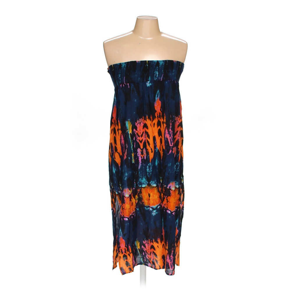 7f2f37c8bc3 Chelsea   Theodore Dress in size M at up to 95% Off - Swap.