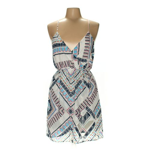 EVERLY Dress in size M at up to 95% Off - Swap.com