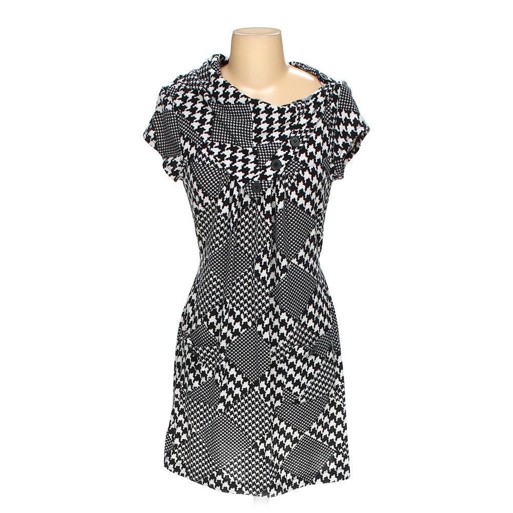 75793f0a6d4 Speechless Dress in size JR 3 at up to 95% Off - Swap.com