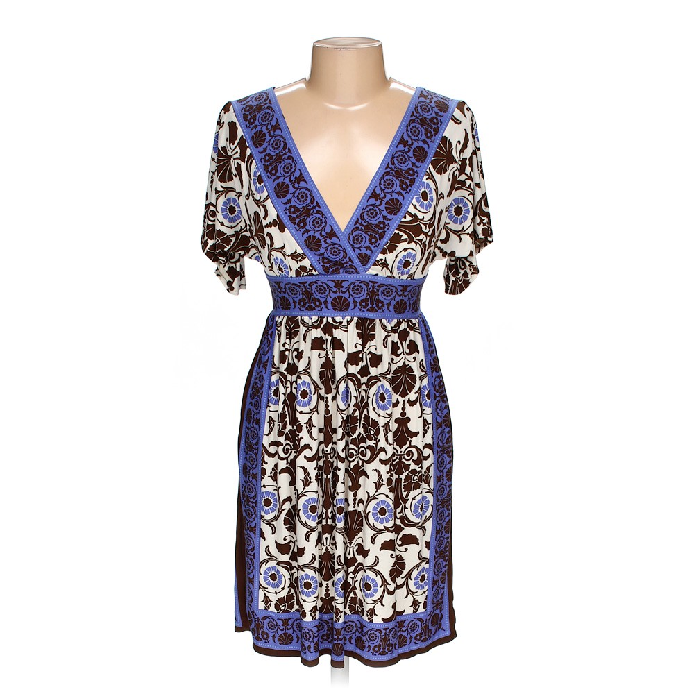b56cd07e6fe Maggy London Dress in size 6 at up to 95% Off - Swap.com