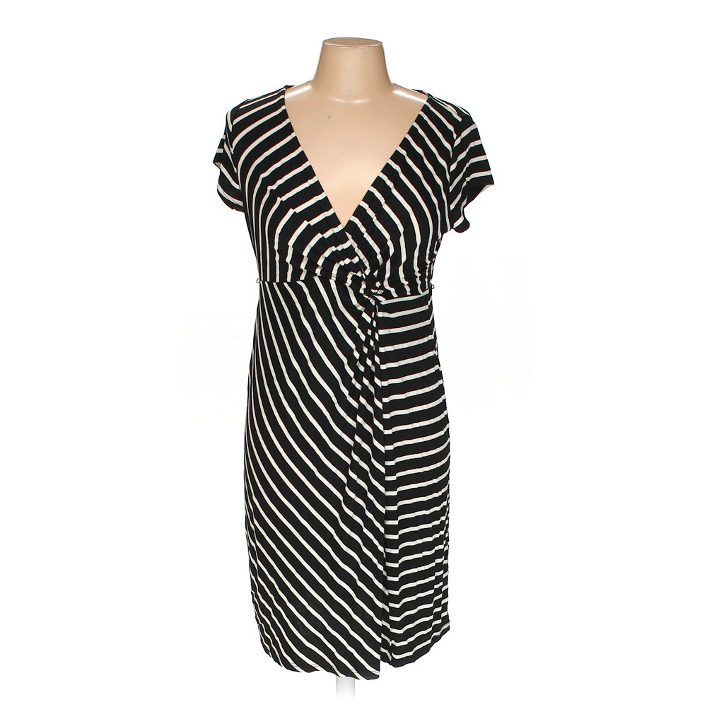 2aa9060fcf921 Motherhood Maternity Dress in size M at up to 95% Off - Swap.com
