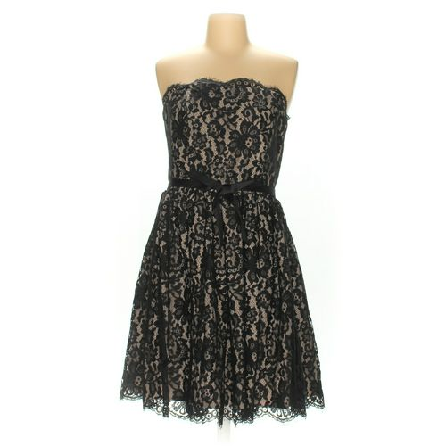 Neiman Marcus Dress in size 8 at up to 95% Off - Swap.com