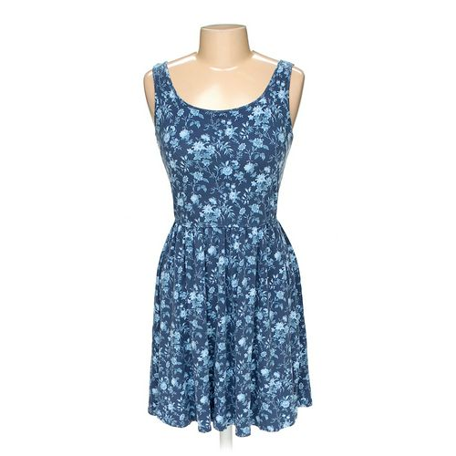 UNIQLO Dress in size L at up to 95% Off - Swap.com
