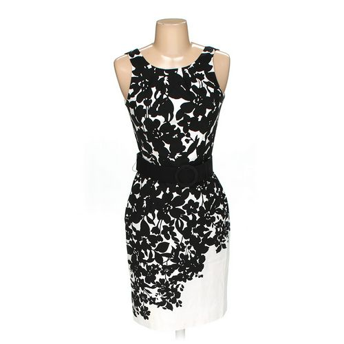 White Black Dress in size 00 at up to 95% Off - Swap.com