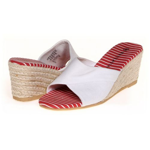White Stag Espadrilles in size 6 Women's at up to 95% Off - Swap.com