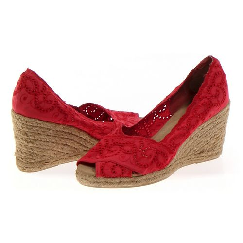 White Mountain Espadrilles in size 7.5 Women's at up to 95% Off - Swap.com