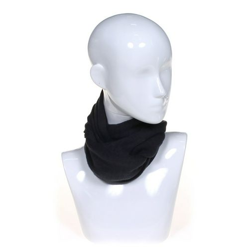 Fashion Scarf at up to 95% Off - Swap.com