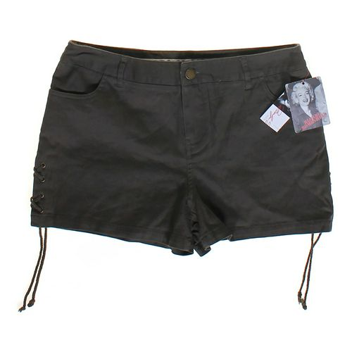 Marilyn Monroe Fashion Shorts in size JR 9 at up to 95% Off - Swap.com