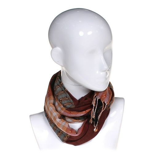 Fashionable Scarf at up to 95% Off - Swap.com