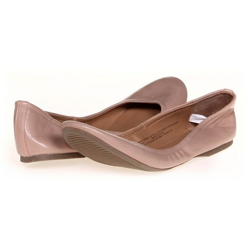 Mossimo Supply Co. Flats in size 10 Women's at up to 95% Off - Swap.com