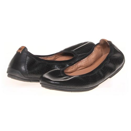 Clarks Flats in size 11 Women's at up to 95% Off - Swap.com