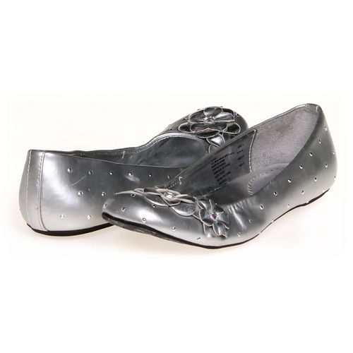 Stuart Weitzman Flats in size 4 Women's at up to 95% Off - Swap.com