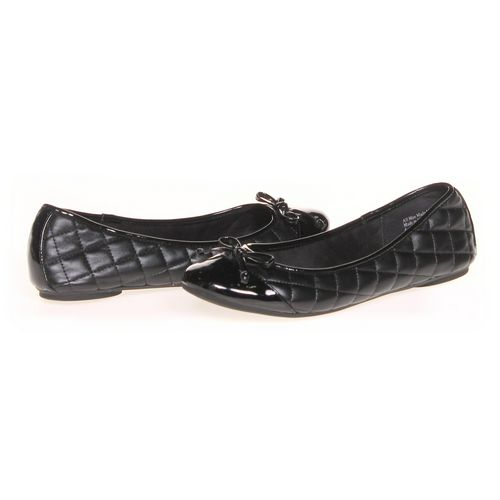 Kelly & Katie Flats in size 6 Women's at up to 95% Off - Swap.com