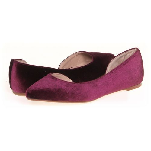 Mossimo Supply Co. Flats in size 7 Women's at up to 95% Off - Swap.com