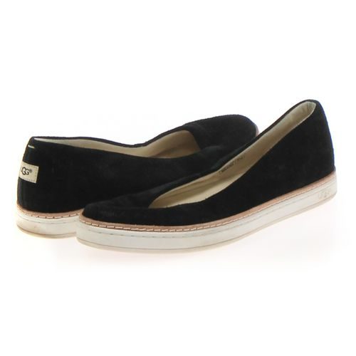 UGG Flats in size 7.5 Women's at up to 95% Off - Swap.com