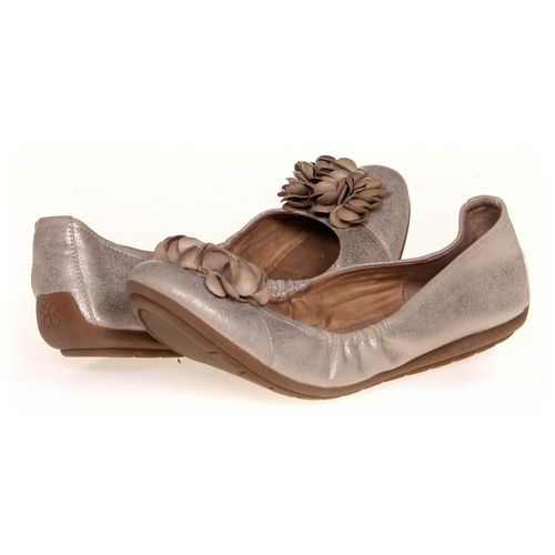 Naturalizer Flats in size 9 Women's at up to 95% Off - Swap.com