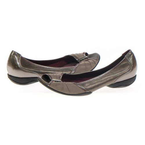Privo Flats in size 9.5 Women's at up to 95% Off - Swap.com