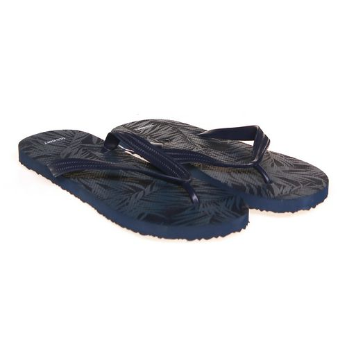Old Navy Flip-Flops in size 10 Men's at up to 95% Off - Swap.com