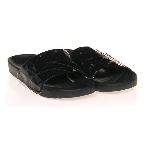 Flip-Flops in size 6 Youth at up to 95% Off - Swap.com