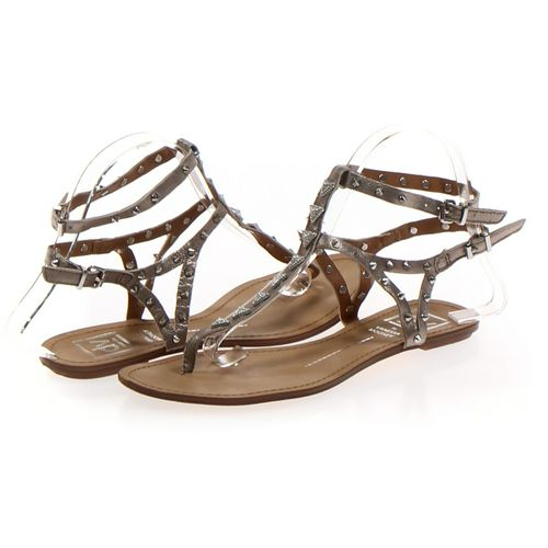 Dolce Vita Flip-Flops in size 8 Women's at up to 95% Off - Swap.com