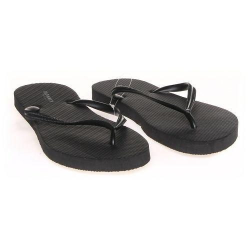 Old Navy Flip-Flops in size 9 Women's at up to 95% Off - Swap.com
