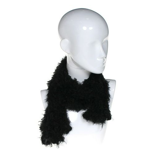 Fuzzy Scarf at up to 95% Off - Swap.com