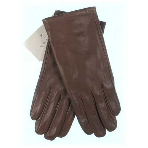 A New Day Gloves at up to 95% Off - Swap.com