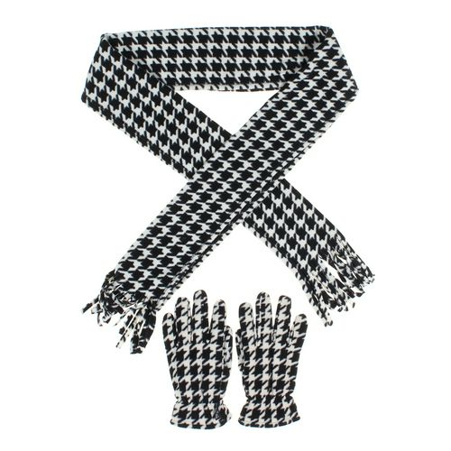 Gloves & Scarf Set at up to 95% Off - Swap.com