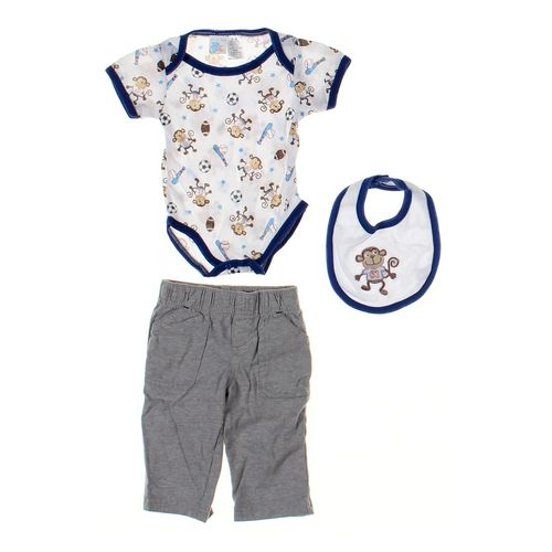 Carter's Infant Clothing & Bib Set in size 6 mo at up to 95% Off - Swap.com