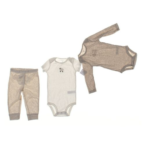 Carter's Infant Clothing Set in size 9 mo at up to 95% Off - Swap.com