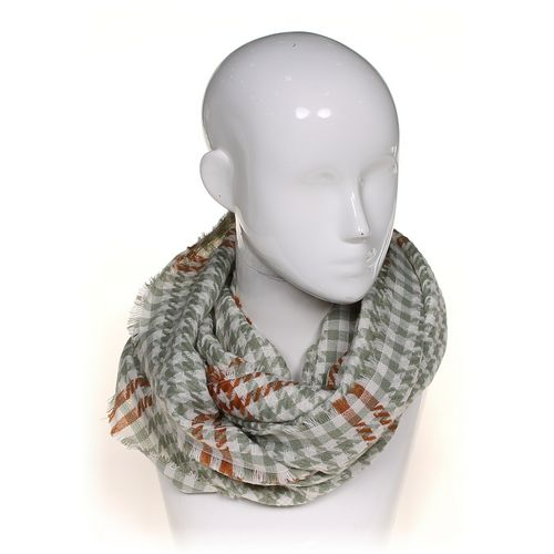 Look Infinity Scarf at up to 95% Off - Swap.com