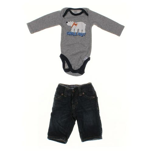 babyGap Jeans & Bodysuit Set in size NB at up to 95% Off - Swap.com