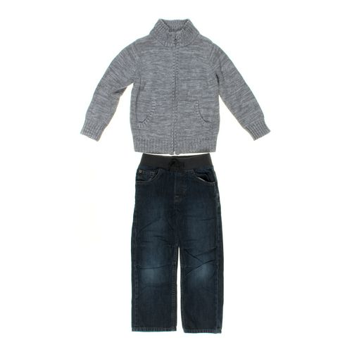 babyGap Jeans & Sweater Set in size 5/5T at up to 95% Off - Swap.com