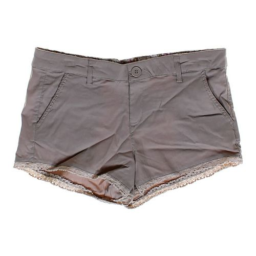 Dollhouse Khaki Shorts in size JR 5 at up to 95% Off - Swap.com