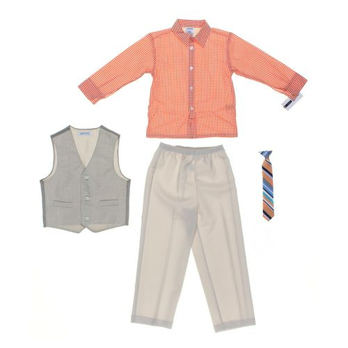 Izod Kids Clothing Set in size 5/5T at up to 95% Off - Swap.com