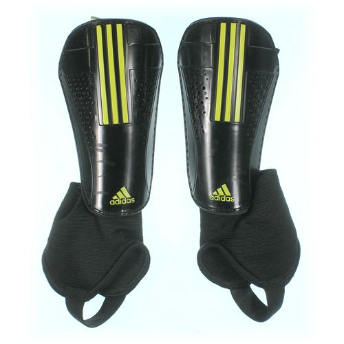 Adidas Knee Shin Set at up to 95% Off - Swap.com