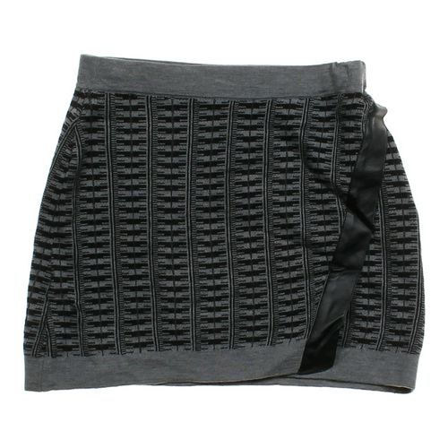Oh!MG Knit Skirt in size JR 7 at up to 95% Off - Swap.com