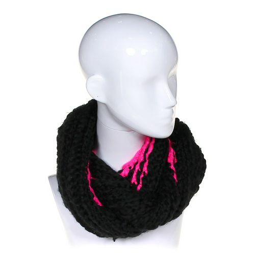 Knitted Scarf at up to 95% Off - Swap.com