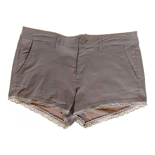 Dollhouse Lace Accented Shorts in size JR 7 at up to 95% Off - Swap.com