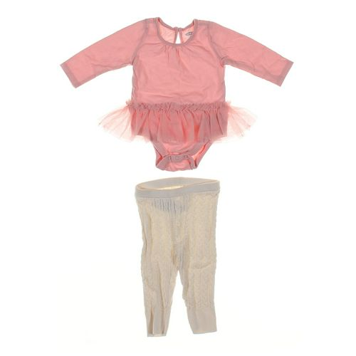 babyGap Leggings & Bodysuit Set in size NB at up to 95% Off - Swap.com