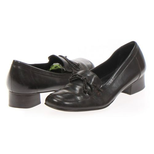 Trotters Loafers in size 10 Women's at up to 95% Off - Swap.com