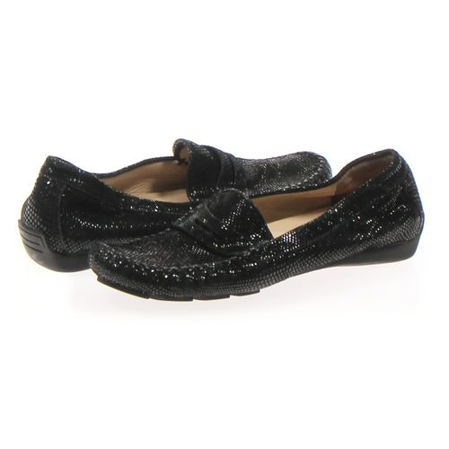 Via Neroll Loafers in size 8 Women's at up to 95% Off - Swap.com