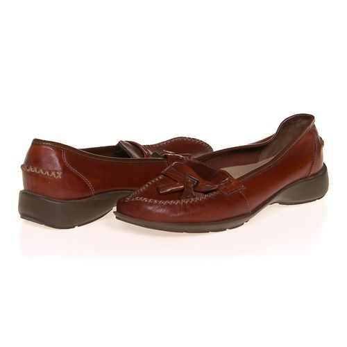 Thom McAn Loafers in size 8.5 Women's at up to 95% Off - Swap.com