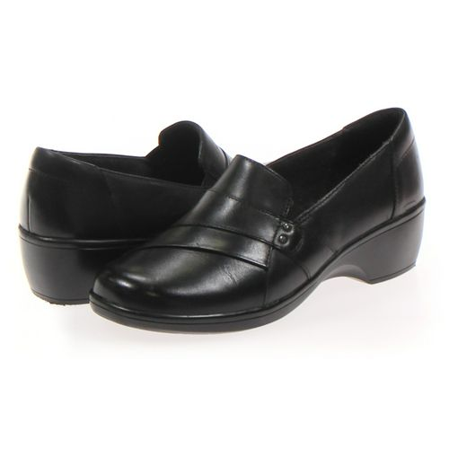 Clark's Loafers in size 9 Women's at up to 95% Off - Swap.com