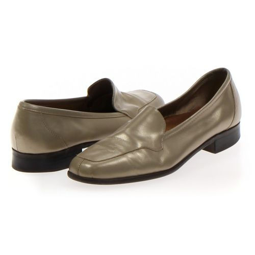 Naturalizer Loafers in size 9.5 Women's at up to 95% Off - Swap.com