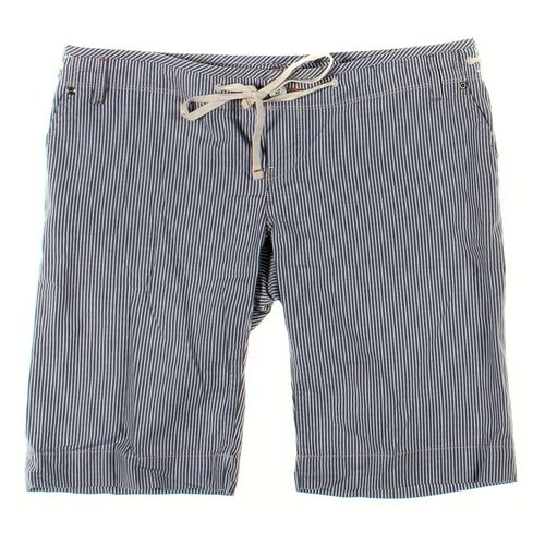 Gap Maternity Shorts in size 6 at up to 95% Off - Swap.com